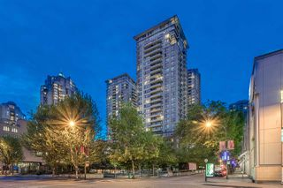 "Photo 15: 2603 977 MAINLAND Street in Vancouver: Yaletown Condo for sale in ""Yaletown Park 3"" (Vancouver West)  : MLS®# R2370167"