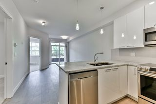 Photo 5: 110 19940 BRYDON Crescent in Langley: Langley City Condo for sale : MLS®# R2370688