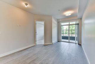 Photo 7: 110 19940 BRYDON Crescent in Langley: Langley City Condo for sale : MLS®# R2370688