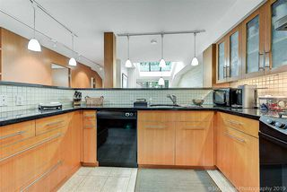 Photo 10: 1106 IRONWORK Passage in Vancouver: False Creek Townhouse for sale (Vancouver West)  : MLS®# R2372009