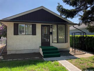 Photo 2: 361 Cornwall Street in Regina: Highland Park Residential for sale : MLS®# SK773668