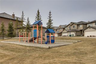 Photo 33: 81 ROYAL CREST View NW in Calgary: Royal Oak Semi Detached for sale : MLS®# C4253353