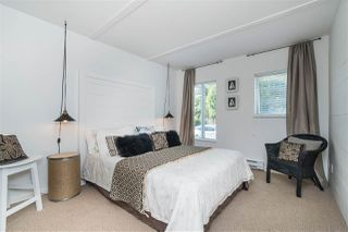 "Photo 16: 1141 ELM Street: White Rock Townhouse for sale in ""Marine Court"" (South Surrey White Rock)  : MLS®# R2383554"