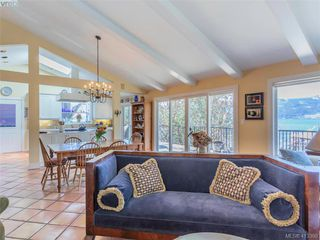 Photo 8: 7148 Brentwood Dr in BRENTWOOD BAY: CS Brentwood Bay Single Family Detached for sale (Central Saanich)  : MLS®# 819775