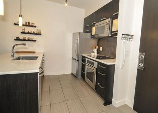 "Photo 5: 311 3333 MAIN Street in Vancouver: Main Condo for sale in ""3333 MAIN"" (Vancouver East)  : MLS®# R2393428"