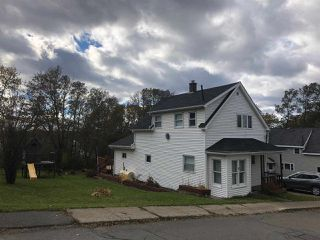 Photo 3: 10 MECHANIC Street in Trenton: 107-Trenton,Westville,Pictou Residential for sale (Northern Region)  : MLS®# 202007844