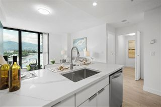 """Photo 14: 1203 1331 W GEORGIA Street in Vancouver: Coal Harbour Condo for sale in """"The Pointe"""" (Vancouver West)  : MLS®# R2463393"""