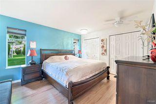 Photo 11: 102 14271 18A Avenue in Surrey: Sunnyside Park Surrey Townhouse for sale (South Surrey White Rock)  : MLS®# R2496480