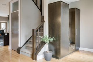 Photo 6: 2304 24 Avenue SW in Calgary: Richmond Semi Detached for sale : MLS®# A1034328