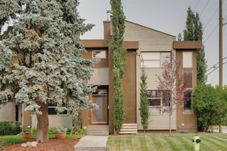 Photo 1: 2304 24 Avenue SW in Calgary: Richmond Semi Detached for sale : MLS®# A1034328