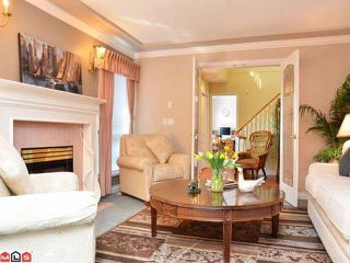Photo 2: 13940 LAUREL Avenue: White Rock House for sale (South Surrey White Rock)  : MLS®# F1203959