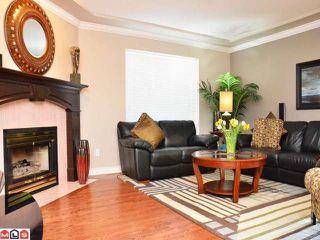 Photo 5: 13940 LAUREL Avenue: White Rock House for sale (South Surrey White Rock)  : MLS®# F1203959