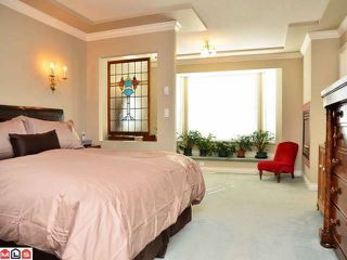 Photo 6: 13940 LAUREL Avenue: White Rock House for sale (South Surrey White Rock)  : MLS®# F1203959