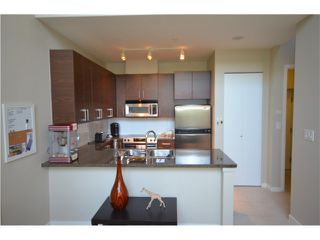 Photo 2: TH2 2355 Madison Avenue in Vancouver: Brentwood Park Townhouse for sale (Burnaby North)  : MLS®# V1011036