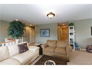 Photo 13: 4042 Copperfield Lane in VICTORIA: SW Glanford Single Family Detached for sale (Saanich West)  : MLS®# 652436