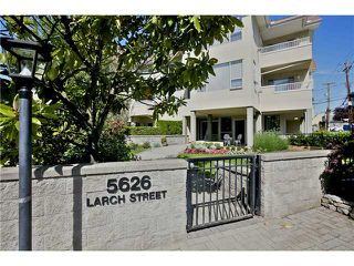 "Photo 18: 303 5626 LARCH Street in Vancouver: Kerrisdale Condo for sale in ""WILSON HOUSE"" (Vancouver West)  : MLS®# V1068775"