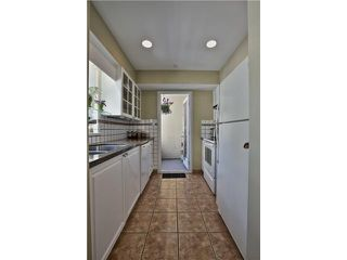 """Photo 7: 303 5626 LARCH Street in Vancouver: Kerrisdale Condo for sale in """"WILSON HOUSE"""" (Vancouver West)  : MLS®# V1068775"""