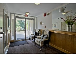 "Photo 19: 303 5626 LARCH Street in Vancouver: Kerrisdale Condo for sale in ""WILSON HOUSE"" (Vancouver West)  : MLS®# V1068775"