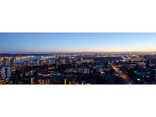 """Photo 2: 1501 258 SIXTH Street in New Westminster: Downtown NW Condo for sale in """"258"""" : MLS®# V1068921"""