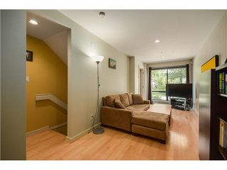 "Photo 14: 690 W 16TH Avenue in Vancouver: Cambie Townhouse for sale in ""HEATHERVIEW"" (Vancouver West)  : MLS®# V1069354"