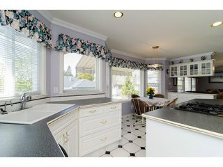 """Photo 5: 16856 57B Avenue in Surrey: Cloverdale BC House for sale in """"RICHARDSON RIDGE"""" (Cloverdale)  : MLS®# F1423543"""
