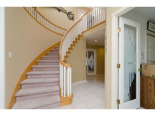 """Photo 2: 16856 57B Avenue in Surrey: Cloverdale BC House for sale in """"RICHARDSON RIDGE"""" (Cloverdale)  : MLS®# F1423543"""