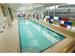 """Photo 15: 2101 131 REGIMENT Square in Vancouver: Downtown VW Condo for sale in """"Spectrum 3"""" (Vancouver West)  : MLS®# V1119494"""