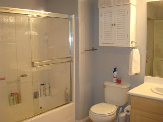 Photo 9: DOWNTOWN Condo for rent : 1 bedrooms : 1970 Columbia #202 in San Diego