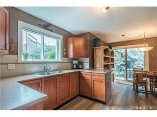 Photo 2: 62 486 Royal Bay Dr in VICTORIA: Co Royal Bay Row/Townhouse for sale (Colwood)  : MLS®# 712493