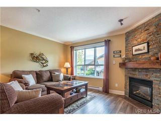 Photo 4: 62 486 Royal Bay Dr in VICTORIA: Co Royal Bay Row/Townhouse for sale (Colwood)  : MLS®# 712493