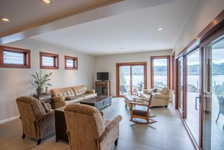 Photo 6: 664 IOCO Road in Port Moody: North Shore Pt Moody House for sale : MLS®# R2041556