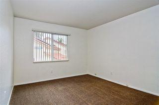 Photo 19: NORTH ESCONDIDO House for sale : 4 bedrooms : 1488 Los Cedros in Escondido