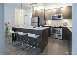 Photo 3: 201 290 Wilfert Rd in VICTORIA: VR Six Mile Condo for sale (View Royal)  : MLS®# 728397
