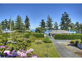 Photo 3: 8012 Arthur Drive in SAANICHTON: CS Turgoose Single Family Detached for sale (Central Saanich)  : MLS®# 365275
