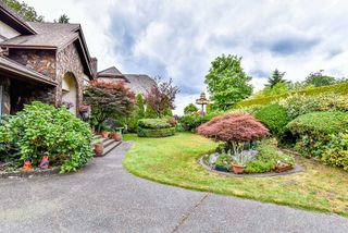 Photo 2: 8933 NELSON View in Delta: Nordel House for sale (N. Delta)  : MLS®# R2072374