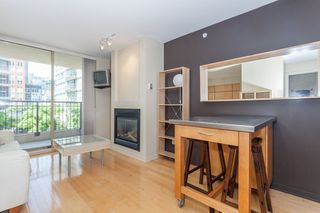 "Photo 3: 603 969 RICHARDS Street in Vancouver: Downtown VW Condo for sale in ""Mondrian"" (Vancouver West)  : MLS®# R2074580"