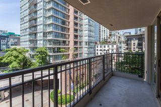 "Photo 14: 603 969 RICHARDS Street in Vancouver: Downtown VW Condo for sale in ""Mondrian"" (Vancouver West)  : MLS®# R2074580"