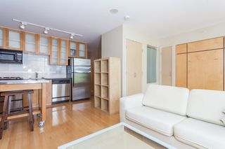 "Photo 6: 603 969 RICHARDS Street in Vancouver: Downtown VW Condo for sale in ""Mondrian"" (Vancouver West)  : MLS®# R2074580"