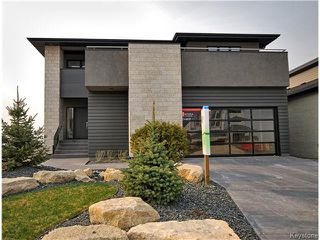 Photo 1: 45 East Plains Drive in Winnipeg: Manitoba Other Residential for sale : MLS®# 1614754