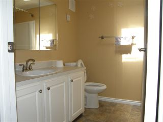 Photo 8: 5 62010 FLOOD HOPE Road in Hope: Hope Center Manufactured Home for sale : MLS®# R2078381