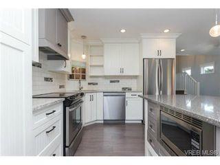 Photo 3: 252 ontario Street in VICTORIA: Vi James Bay Strata Duplex Unit for sale (Victoria)  : MLS®# 367155