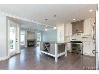 Photo 2: 252 ontario Street in VICTORIA: Vi James Bay Strata Duplex Unit for sale (Victoria)  : MLS®# 367155