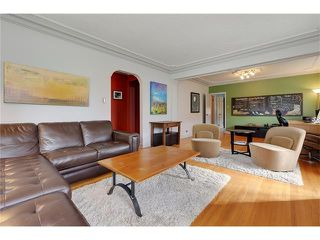 Photo 4: 2719 16 Avenue SW in Calgary: Shaganappi House for sale : MLS®# C4077078