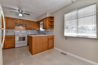 Photo 7: 8021 133A Street in Surrey: West Newton House for sale : MLS®# R2108441
