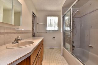 Photo 16: 8021 133A Street in Surrey: West Newton House for sale : MLS®# R2108441