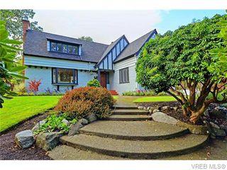Photo 1: 3070 Uplands Road in VICTORIA: OB Uplands Single Family Detached for sale (Oak Bay)  : MLS®# 371277