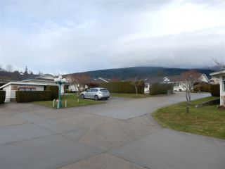 "Photo 17: 2 767 NORTH Road in Gibsons: Gibsons & Area Townhouse for sale in ""North Oaks"" (Sunshine Coast)  : MLS®# R2133128"