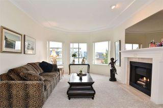 """Photo 10: 302 15130 PROSPECT Avenue: White Rock Condo for sale in """"Five Corners/White Rock"""" (South Surrey White Rock)  : MLS®# R2142943"""