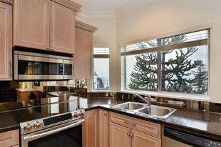 """Photo 7: 302 15130 PROSPECT Avenue: White Rock Condo for sale in """"Five Corners/White Rock"""" (South Surrey White Rock)  : MLS®# R2142943"""