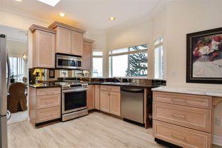 """Photo 5: 302 15130 PROSPECT Avenue: White Rock Condo for sale in """"Five Corners/White Rock"""" (South Surrey White Rock)  : MLS®# R2142943"""